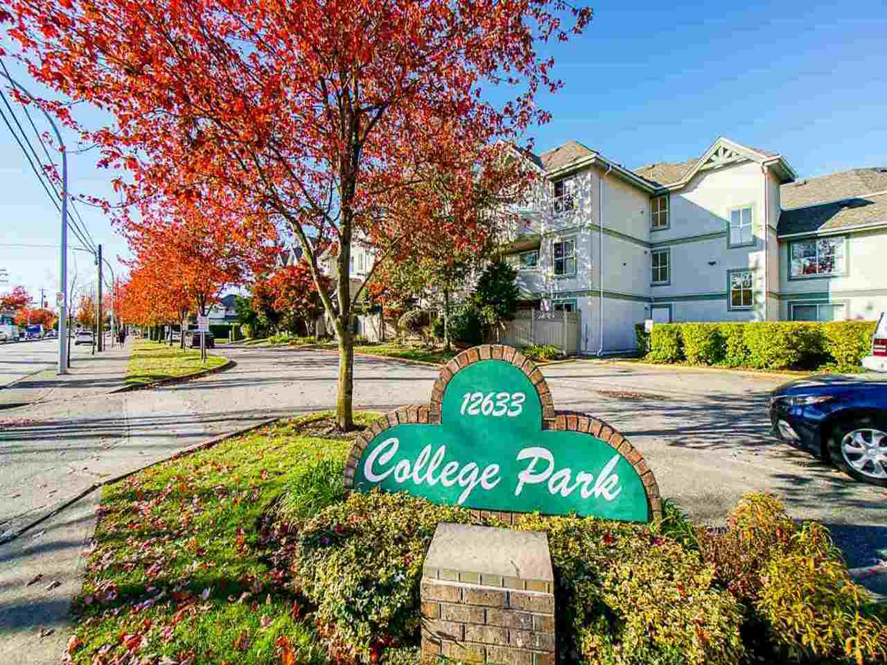 COLLEGE PARK! ACROSS 72 AVENUE FROM KWANTLEN UNIVERSITY. 19+ adult oriented complex. TOP FLOOR CORNER UNIT WITH 2 bdrm, 2 bath unit boasts 1066 sqft of bright living area. This unit has been well cared for by its owners. SOUTH facing with loads of windows allowing alot of sunlight and also offers a large kitchen.