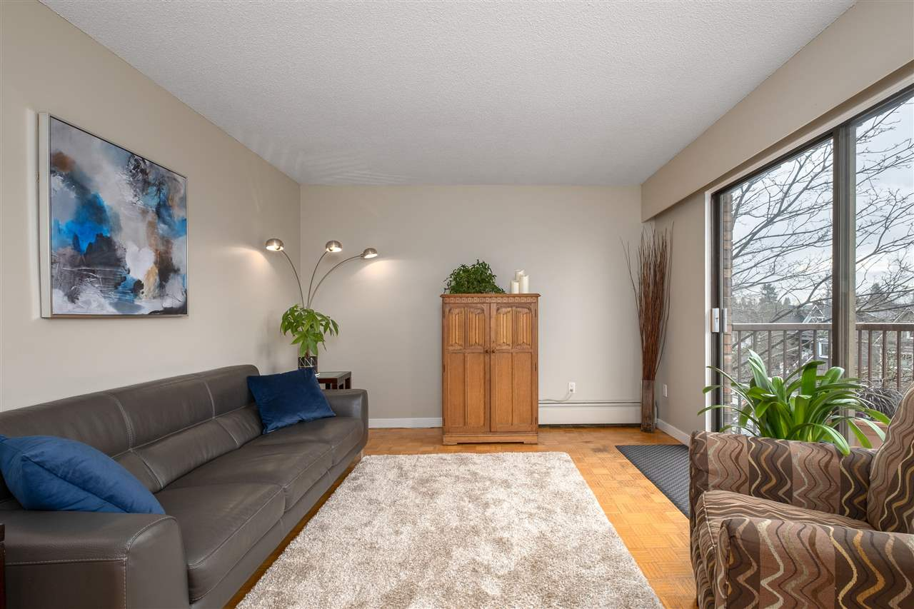 Welcome to Chateau Pacific! You'll love this central Lonsdale location that's just minutes to cafe shops, restaurants, rec centre and shopping! Very quiet building and proactive strata. This unit offers a well laid out, open living & dining plan, new paint, all new stainless steel appliances and partial city views from your balcony! 1 storage, 1 locker, shared laundry, 1 cat or 1 dog(max 15kg), 5 rentals(maxed). Call for your private viewing today!