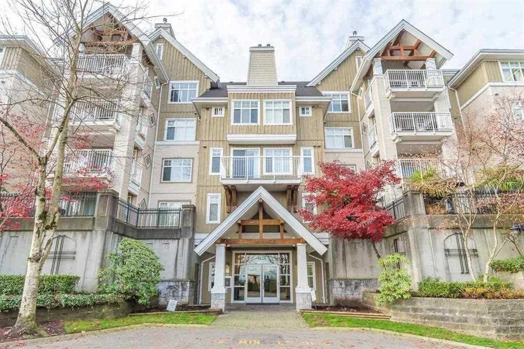 Top floor unit with spectacular view of Mt. Baker and City. Spacious layout with 2 large bdrms on opposite sides of the unit and 2 full baths. Laminate floors throughout. Convenient location, steps to IGA, Starbucks & many other shops, schools & transit. 2 parking stalls and 1 locker.