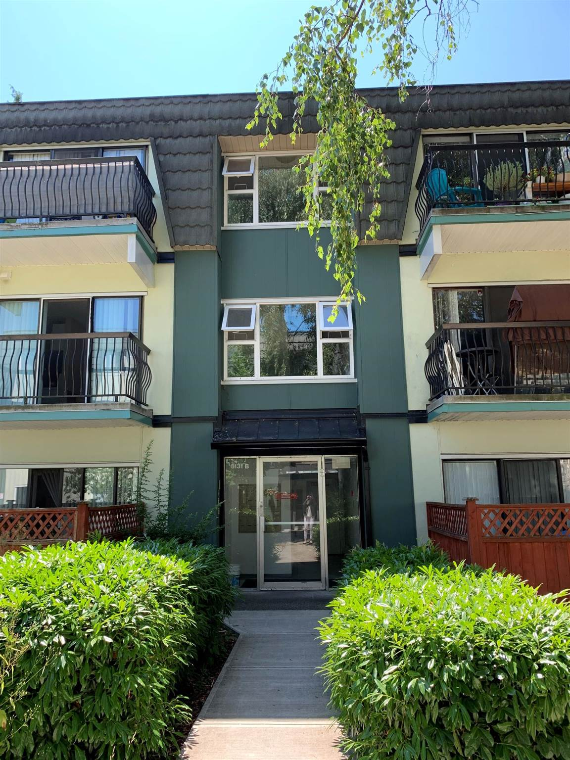 This lovely unit in well managed Mayfair Court has 2 bedrooms, one bath and a southern exposed private patio.  Located in an ideal location, it is close to Richlea/Broadmoor Shopping Centre, South Arm Community Centre, public transportation and Bridge Elementary and McRoberts Secondary Schools.  This tranquil unit is ideal for homeowners or investors as there are no rental restrictions and the maintenance fee of $608 per month includes, taxes, management and utilities such as heat and hot water.  Book an appointment to see this great opportunity to own a home!