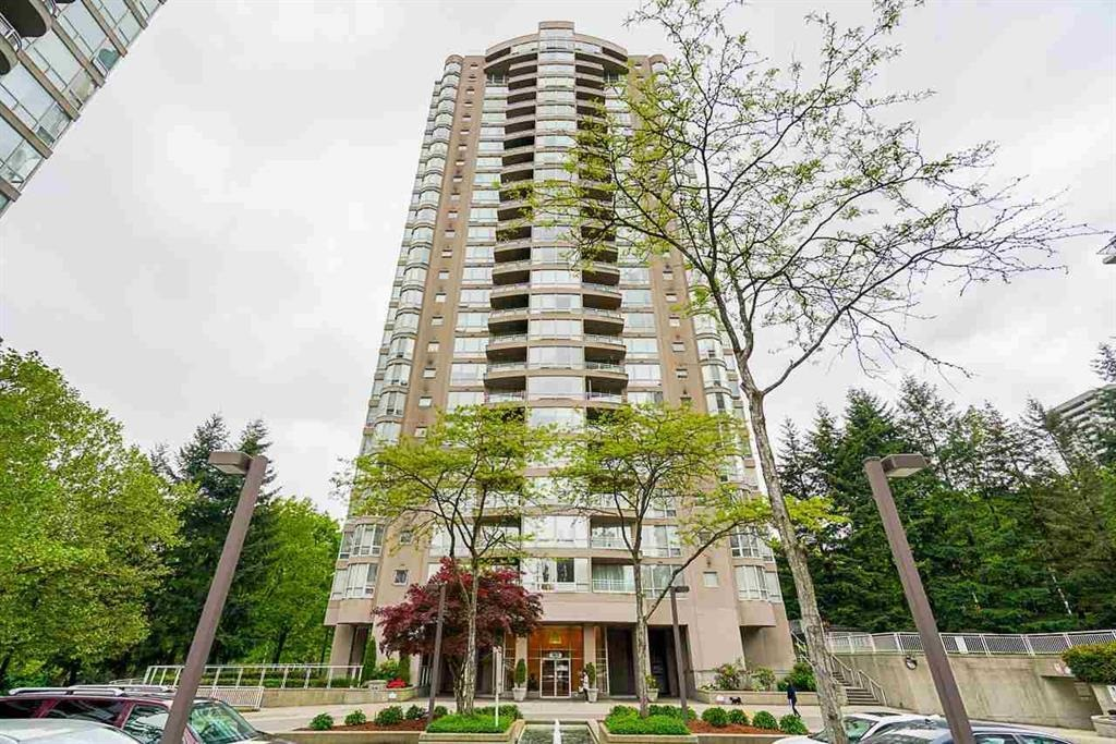 STRATHMORE TOWER, across Lougheed Mall, skytrain station, minutes to SFU, Coquitlam College.2 bedroom 2 bath (originally 1 bedroom + Den) 859 sf facing east, 2 full bathroom, 1 parking and storage locker. Great facilities with outdoor pool, hot tub, sauna, tennis court, and gym. Functional layout, gas fireplace, with unobstructed mountain and city view.
