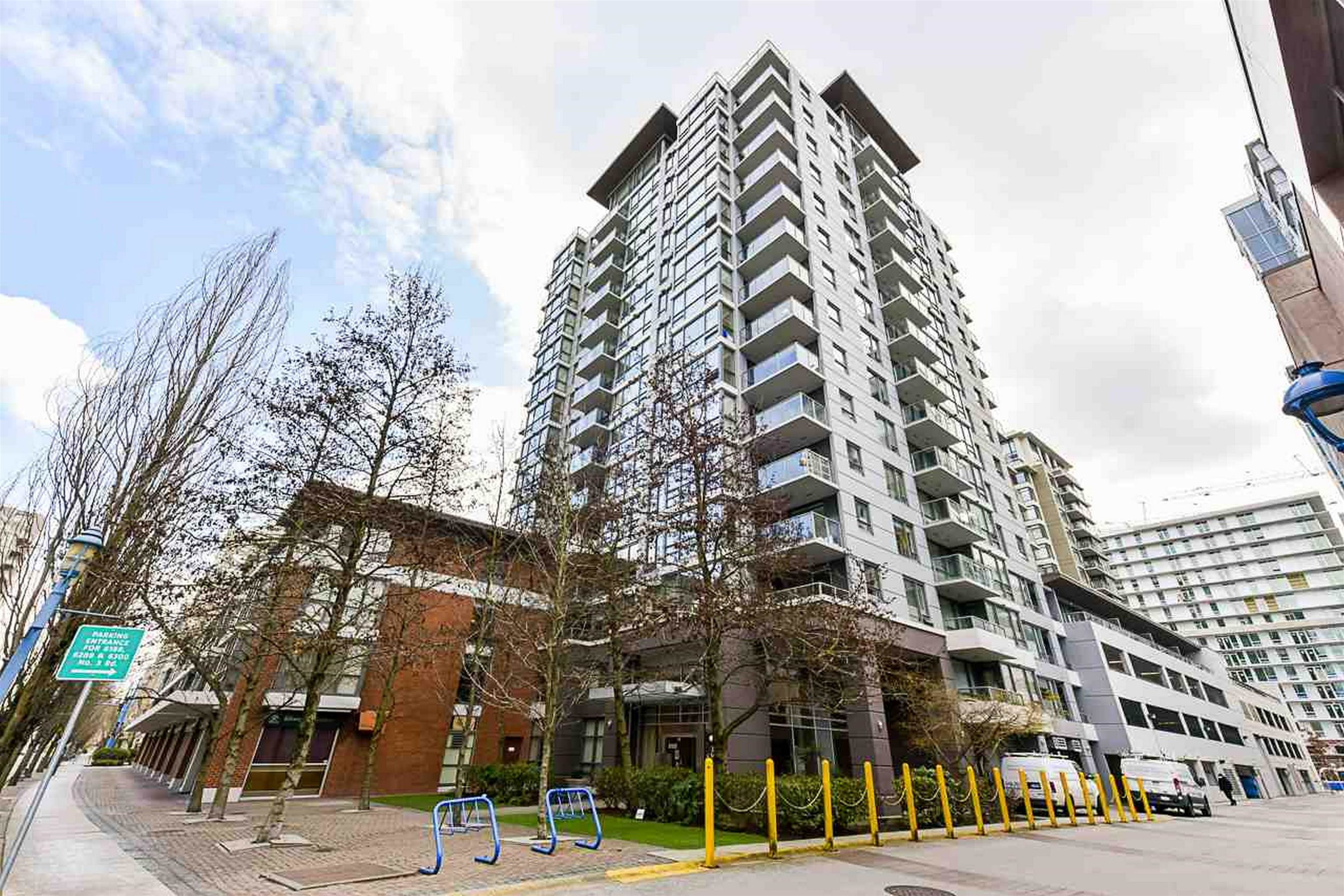 Welcome to Perla- a quality concrete building in the heart of Downtown Richmond. This rarely available quiet 1 BEDROOM AND DEN (could be used as 2nd bedroom) in the PRIME LOCATION-steps away from Canada Line, Richmond Center, banks, restaurants, grocery and shopping; 5 minutes drive to Minoru Center, Library, and Kwantlen University, 20 minutes to Downtown Vancouver and 10 minutes to YVR Airport. Featuring NEW PAINT, LIGHT FIXTURES, BLINDS; laminate floor & open kitchen concept. Functional layout with NO WASTED SPACE. INCL: 1 parking & 1 locker. Well managed complex with an on-site manager and proactive strata. Amenities features clubhouse, indoor swimming pool, sauna, steam, gym room and garden. OPEN HOUSE 9/25 AND 9/26 BETWEEN 2-4PM OR CALL TO BOOK YOUR PRIVATE SHOWING!