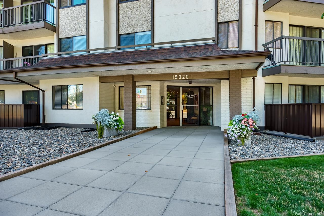 Welcome to North Bluff Village! This complex has it all; it is centrally located within walking distance to all amenities, close to Peace Arch Hospital and White Rock Pier! Located on the quieter side of the building, you can enjoy your morning coffee amongst the beauty and serenity of a private treed area. This south-facing unit is spacious and bright with plenty of room for house-sized furniture and many recent updates including new countertops in kitchen, new paint throughout and brand-new decking to name a few! The membrane of the exterior and landscaping have also recently been completely upgraded for many years of worry and cost-free enjoyment! The maintenance fee includes HEAT, HOT WATER, MANAGEMENT and the best of all, PROPERTY TAXES! Residents love living here and so will you!