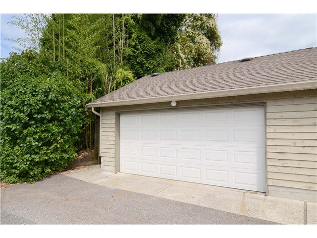 Large Double Garage with lane access