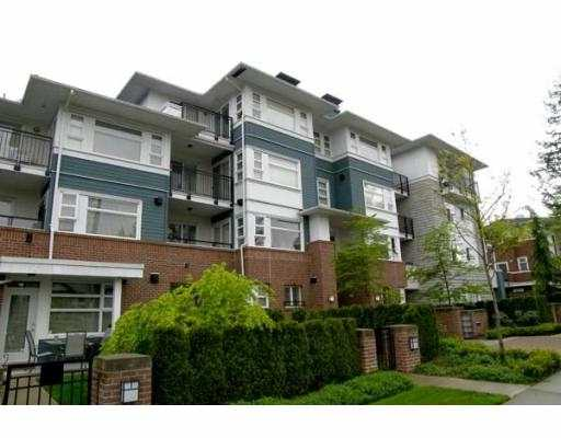 """Oakwood"" built by Intracorp. Top floor unit facing Northeast. Great open floor plan w/ 1 bed & den. Balance of 2-5-10 year warranty. Close to Metrotown & transportation. Partial view off the balcony. Lots of extra features."