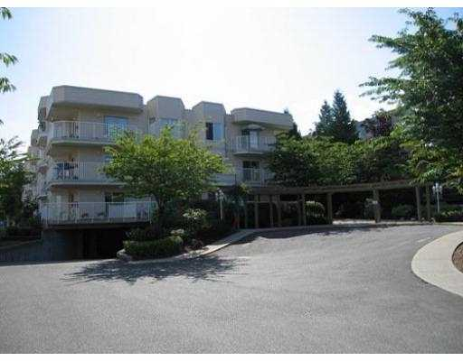 This unit shines! This is one of those homes its hard to believe someone lives in! A perfect opportunity for someone who just wants to move into a beautiful unit. This 2 bedroom is a corner unit overlooking the common gardens.While only being on the third floor of this 4 storey building it is essentially a top floor unit because there is no one above you! Also unique to this unit is the ability to have some mountain views which is uncommon in this building. Kick back and relax on the very generously sized 'L' shaped deck.