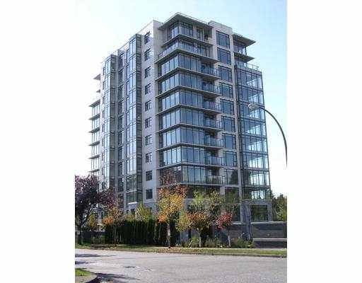 Brand new condo in Kerrisdale. Excellent floor plan. 2 bdrm and den. Top quality finishing and appliances. Open kitchen, hardwood flooring. Open balcony looks out to the beautiful garden.
