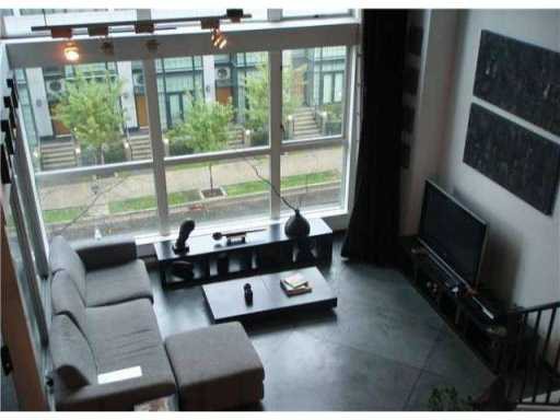 Large 2 level loft space with 16' ceilings in central location. Close to shopping, dining and parks. The building features include a fitness center on the ground floor and common patios on the 4th floor. 1 parking included.