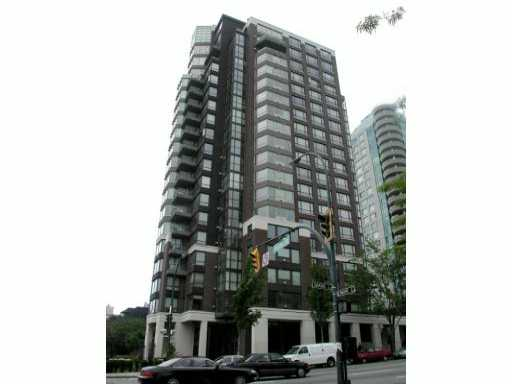 This spacious 1 bedroom suite is a must see! The location of the SeaStar is second to none, the West End, Yaletown and downtown are all within an easy walk from your front door. Restaurants, beaches, the seawall, and the Aquatic centre are all within blocks. The building has excellent facilities, including a common lounge with pool table and tv, a meeting lounge, exercise room, and guest suite. The suite itself has a large in-suite storage space, a solarium off the bedroom for a home office/reading area, and a spacious living room with a gas fireplace. Parking is included, and 1 small pet is allowed.