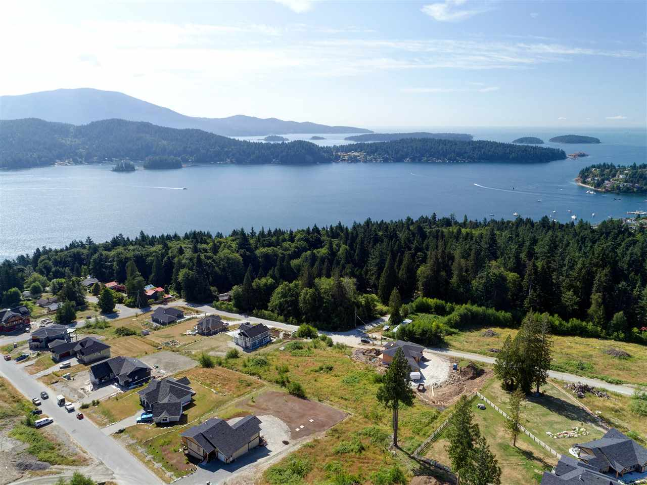 Rare offering of the only available 1/2 acre lot in prestigious Vista Ridge in Granthams Landing. Property is located in area of million dollar homes with million dollar views of Howe Sound and the Coastal mountains. Development offers both privacy and protected views on the easy to build lots. Great location only minutes to ferry and all the amenities of Gibsons. Bring your plans to create your dream home here!  NO GST!