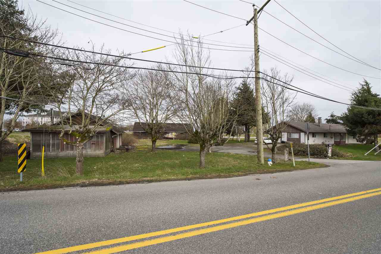 Invest in Delta! Extremely rare opportunity in Delta! 21.44 acre I1 - INDUSTRIAL zoned parcel in highly strategic location! Close to George Massey Tunnel, Hwy 17 and 17a and Hwy 99. Contact for more details.javascript:;