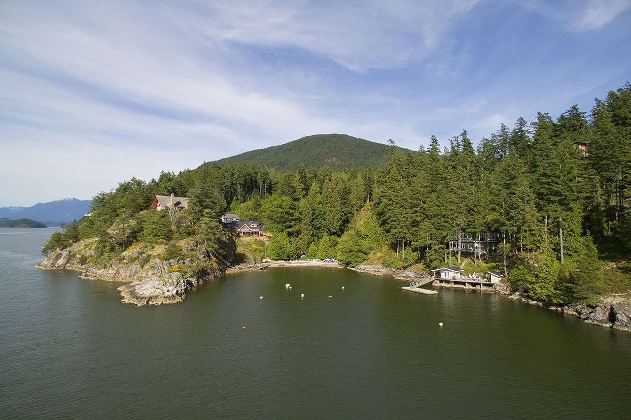The only remaining available lot listed in King Edward Bay Estates, this is a special spot in a quiet new neighbourhood. Extensive trail networks and lush green spaces connects homeowners to this beautiful natural setting that is just minutes walk to one of Bowen's best sunset beaches.  Build your dream home on this easy, flat lot surrounded by tall trees and complete with water and electricity at the lot line. A septic field connection at the lot line exists, but a septic tank will need to be installed.