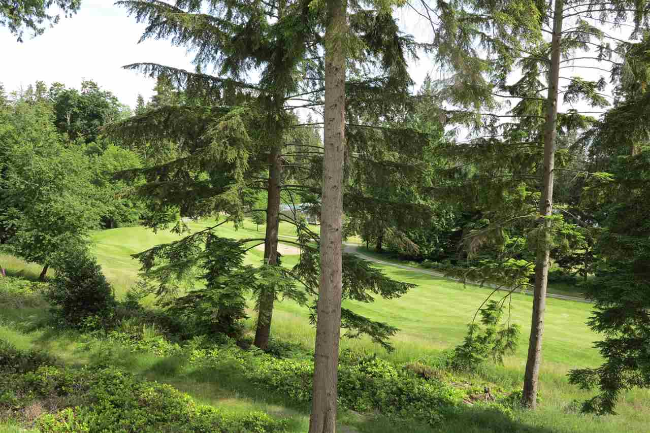 Island living in Bowen Island. Lovely 7500 sq ft Building lot situated in the south east part of the island backing onto the public golf course. Local builder available to build to suit. Great location for down sizing and island living. Fully serviced lot ready for you to build out.