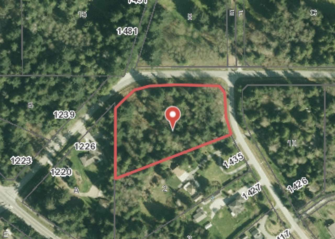 A rare 2.5 acre offering in Roberts Creek. This private and flat parcel is located in the prestigious Tanager Place neighbourhood at the foot of Lockyer, in Rural Roberts Creek. Zoned for a house and cottage, the CR1 zoning also allows for keeping chickens, home business and BnB. This idyllic property is located 15 minutes to the ferry, 40 minutes from Vancouver BC. A first class golf course is seconds away. Steps to public transit, beaches, horse back/hiking/biking trails, this property is the perfect setting to build the estate you've been dreaming about. Contact the list agent for a full information package.