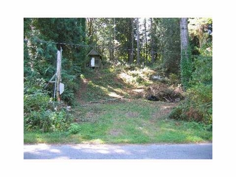 Great lot to build your home or get-away just 10 minutes from Sechelt and only steps from Tillicum Bay Marina providing access to all Sechelt Inlet has to offer! This area is famous for its world-class kayaking, scuba diving and hiking in the surrounding mountain trails. The lot has water and driveway in, has been selectively cleared.