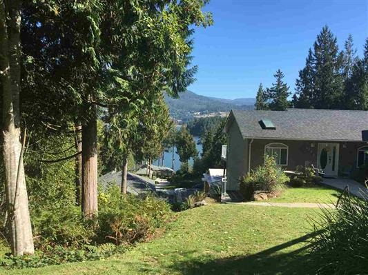 Directly across the street from beautiful kinnickinick park, full of paths + walking thrails is this 1/4 acre building lot with sechelt inlet views. Just a short stroll to the sechelt inelet water front pathway and local marinas. Area of nice homes, close to golf course, elementary school, tennis courts and ice arena. Also on bus route, and ... sewer -so no septic required here!