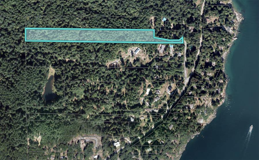 6.5 acre building lot in Eagle Cliff.  Accessible building site near front of the property. Although this property is zoned for subdivision, future road access to back of property may be limited by steep terrain. Please call me for a closer look at this property and lot lines.