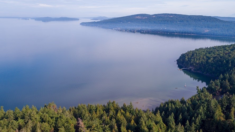 Sunny ocean view 3.608 acres in exceptional Narrows West. This is the address for your new dream home. Come and see!