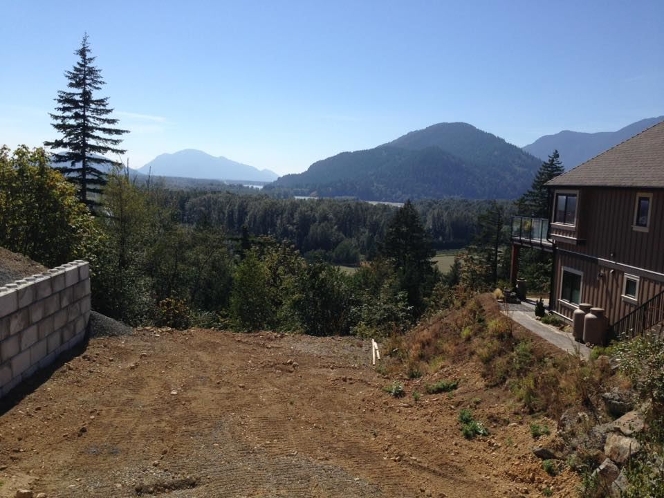 Build your custom home on this large, amazing Mt. Woodside lot with incredible views of the valley, mountains, and Fraser & Harrison Rivers. On a quiet no-thru road, just steps away from a beautiful lookout and trails! There is so much potential to build your dream home on this .39 acre prime lot! Enjoy this majestic view daily and take in in the stunning, uninterrupted sunrises and sunsets. Only minutes to great gold of Sandpiper, Fraser River, Harrison River access, Hemlock Valley and a short drive to beautiful Harrison Hot Springs, schools, shopping and more. Call today for more details.