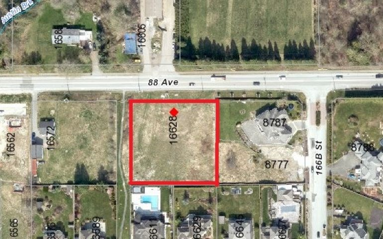 ONE ACRE (209' X208') PRIME LOCATION in Fleetwood Town Center. BUILD A MANSION OR REZONED AND SUBDIVIDE INTO TWO LOTS.  WITH VIEW of MOUNTAIN. Easy access to the Highways, all levels of School, Shopping, Recreational nearby. CLOSE TO FUTURE SKYSTRAIN STATION. NO WATER COURSE.