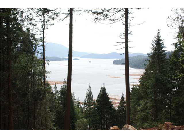 6.27 Acres with easy level access to the many great building sites. Wonderful southern views of Howe Sound, with Gambier, Bowen and Keats Islands in the foreground and Vancouver Island in the distance. Surrounded by a stand of mature trees privacy is assured by this wonderful buffer of green. Sunny southern exposure with superb views and privacy.