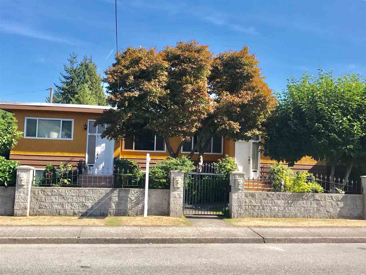 Great location! North Burnaby Duplex central to everything. Well maintained good income generating property. Seconds from bus stop, walking distance to Hastings and Kensington Plaza. Close to SFU and BCIT. Rental income $6,700 a month.