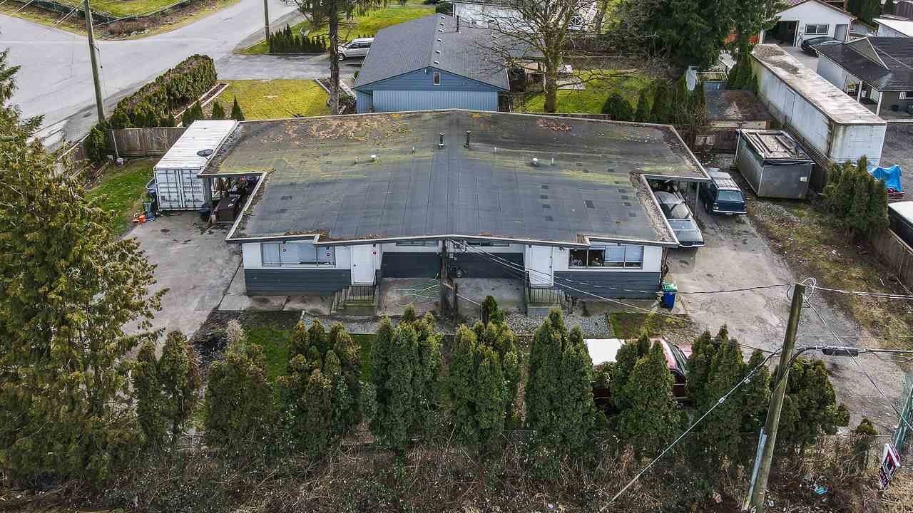 Investors Alert! Amazing starter property or add to your portfolio! Side  by side entire duplex, 1000 sq ft each side, each has 3 bedrooms. Rents for $2000 per side. Carports and seperate yard for each unit.  Some nice recent updating. Area is developing fast. Extreme opportunity alert.