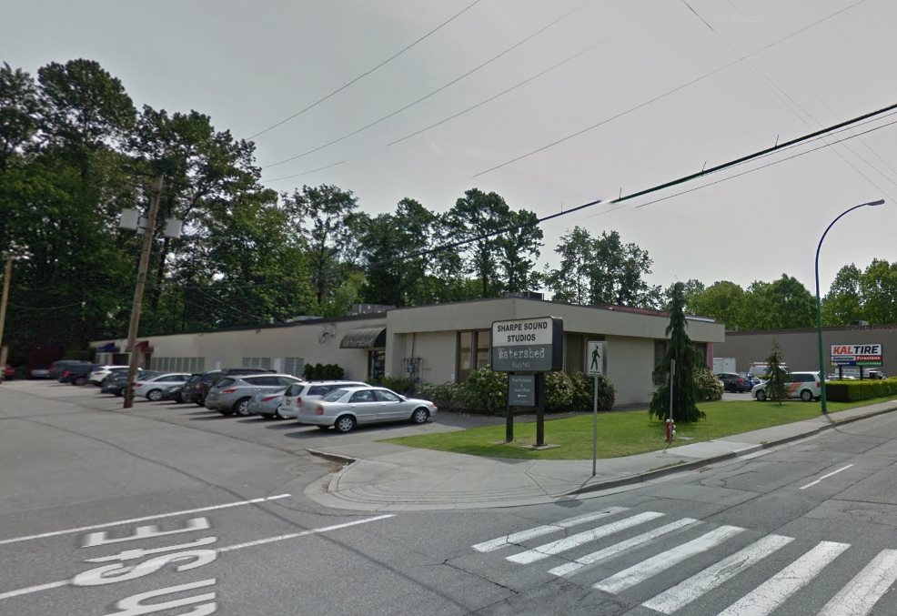 5,389 sf of prime office space. Previously used as a tech sound studio so it's very well appointed. Excellent location right off Main St/Cotton Rd beside Tilford Park Mall and North Shore Movie Studios. No Touchbase. Contact listing agents for more information or to set up a showing. Potential to demise the space.