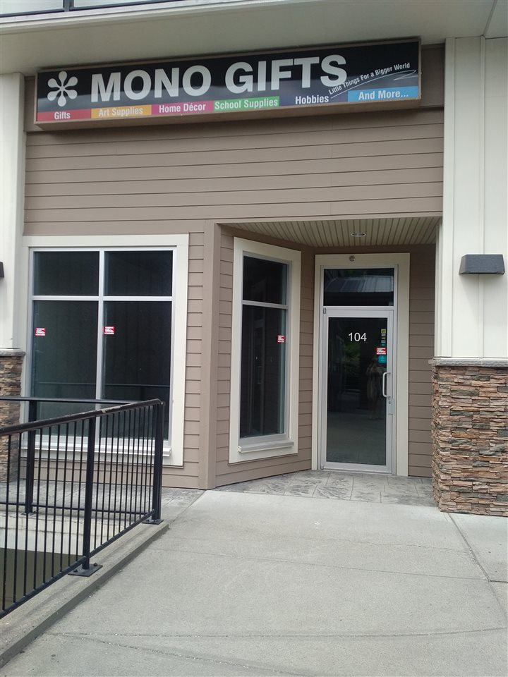 954 sq ft available for lease on Promontory Heights. Previous use of space was for a tanning salon. Would be a great doctor, dentist or other office user space. Call for more info.