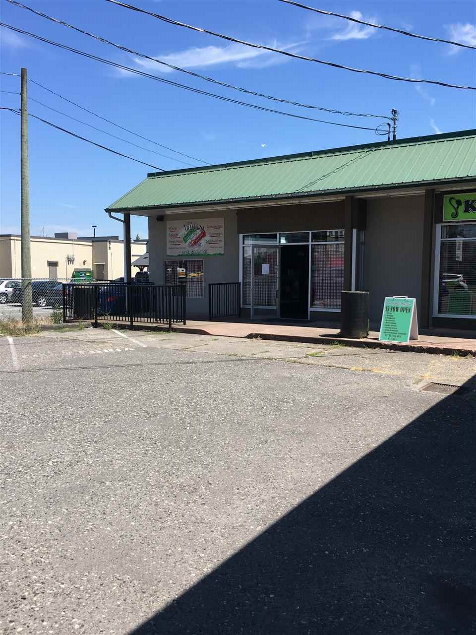 Great opportunity near downtown Chilliwack! Previously an Italian restaurant, now available for your next business venture. High traffic strip mall on Yale Road in Chilliwack. Space available for fast food, pizza, office and retail uses. Located across from Tim Hortons, KFC, close to intersection of Yale and Hodgins