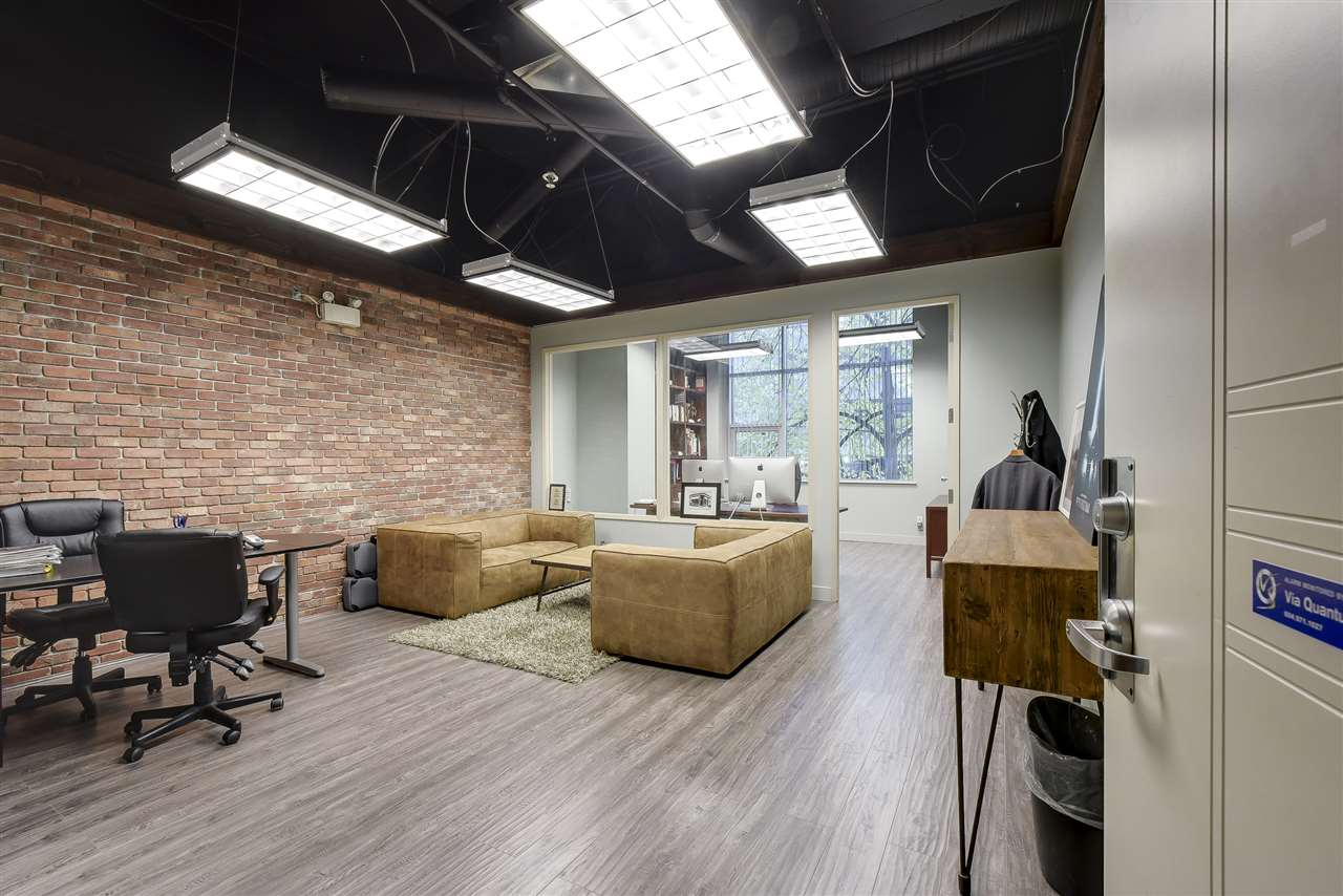 "Stylishly renovated 500 sq.ft office space in desirable Conference Plaza! Prime Downtown Vancouver location within walking distance to skytrain and countless amenities. Highlights incl a New York ""loft"" look with brick and custom glass wall, 10 ft open ceiling with exposed beams, updated flooring and built-in wall shelf. AC and heat incl in strata fees. 1 parking space included. Quiet northwest outlook with large windows facing Seymour St. Act fast!"