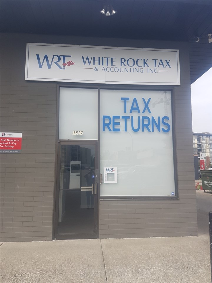 Office space for Lease in high traffic location uptown White Rock. Located at Russell and Johnston. Previously operated as White Rock Tax and Accounting. Ideal for many other retail uses. Rent is $2000 a month gross for 600 SF. Call now!