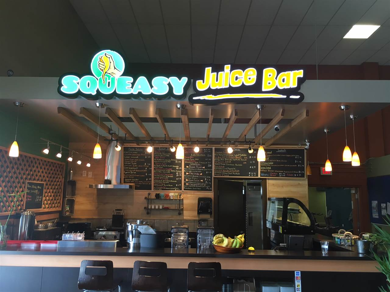 Juice Bar for sale in popular fitness centre. Over $60K spent on renovations and fixturing. All work done with permits. Seller will train and easy to show. Rent is $250.00 per month and everything is included. Currently 4 Tables and 16 seats with potential for more.