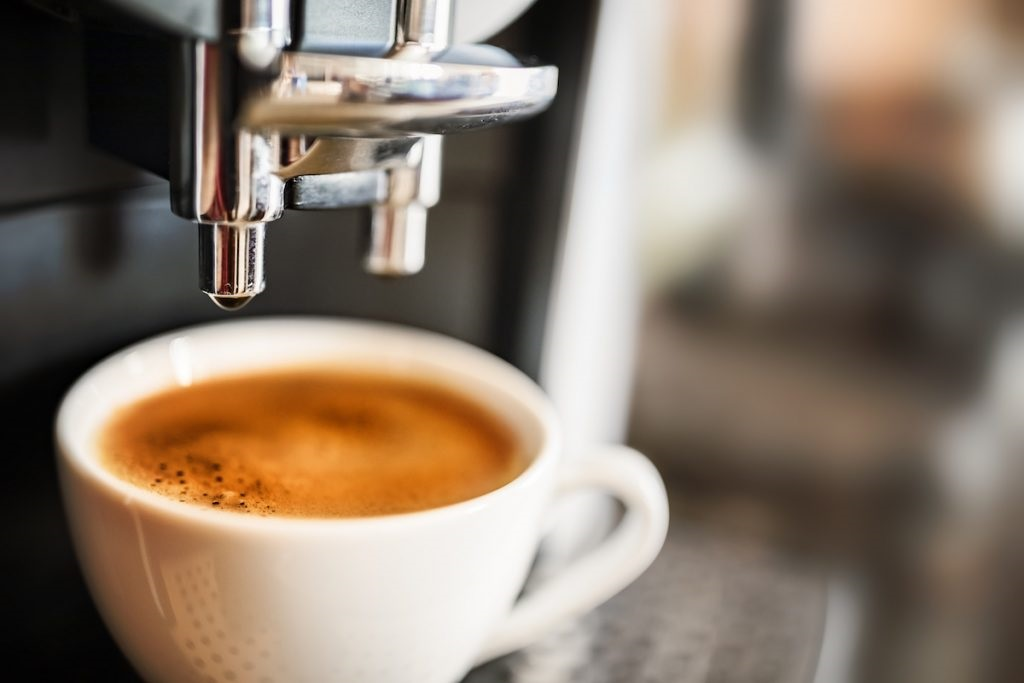 Exceptional Opportunity to grasp in Coal Harbour Vancouver, a Corner store of 1100 sq ft. in a strategic location. A Famous Franchise Coffee Shop with a lot of potentiality. Call the listing agent before it's gone.