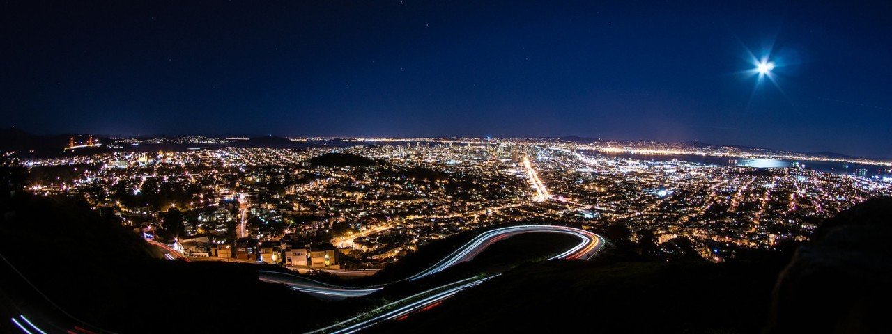 Long exposure / light trails exposure of San Francisco from Twin Peaks