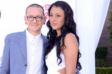 Chester and Talinda Bennington