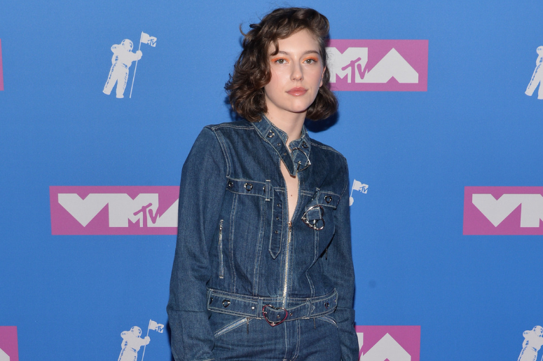 King Princess walking on the red carpet at The 2018 MTV Video Music Awards