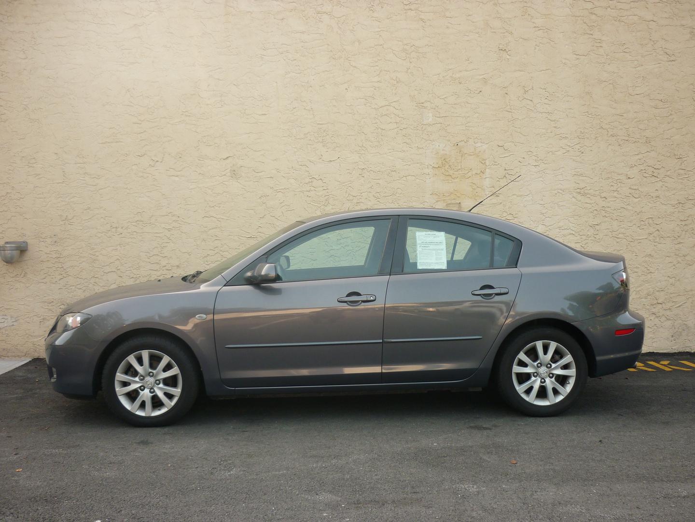 mazda 3 hatchback 2007 tire size