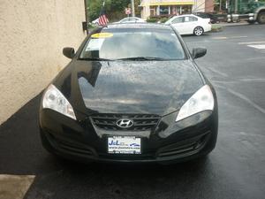 2010 Hyundai Genesis Coupe 2dr 2.0T Auto