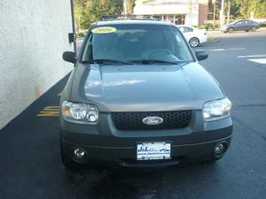 2006 Ford Escape 4dr 3.0L XLT 4WD