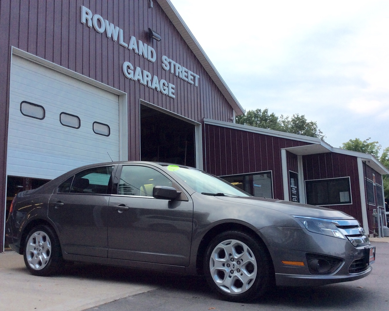 Featured 2011 ford fusion 4dr sdn se fwd