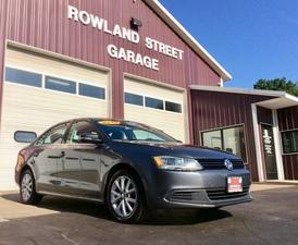 2014 Volkswagen Jetta Sedan 4dr Auto SE