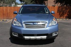 2011 Subaru Outback 4dr Wgn H4 Auto 2.5i Limited Pwr Moon