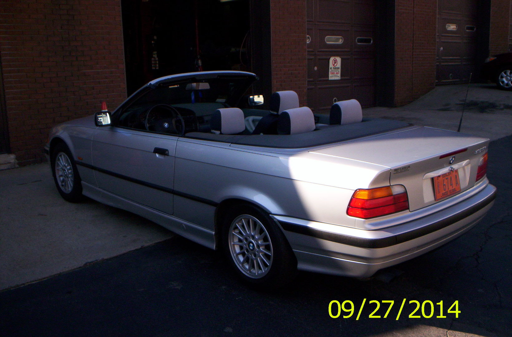 Buy BMW Series Woonsocket RI Terrys Auto LTD - Bmw 323i convertible for sale