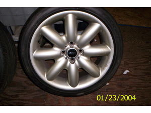 2005 mini cooper  mini cooper wheels/ tire