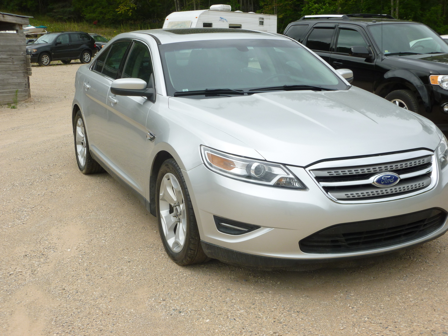 Featured 2011 ford taurus 4dr sdn sel awd