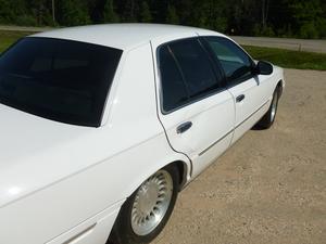 2000 Mercury Grand Marquis 4dr Sdn LS