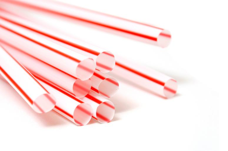 does a straw have one or two holes wfbc