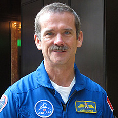 Sm 300 chris hadfield