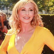 Kari byron 2012 creative arts emmy awards 01